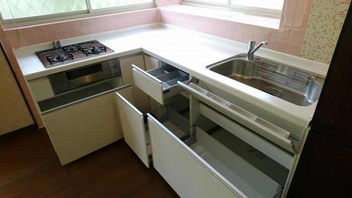 キッチンは平成22年に入替済みです♪