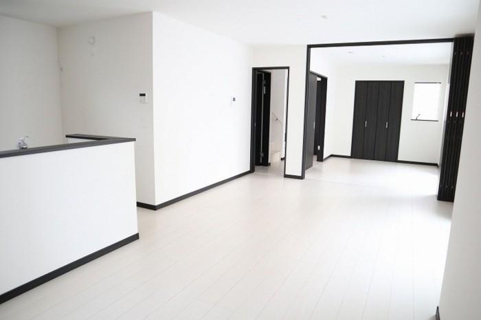 【2号棟】LDKと洋室をつなげると広々23帖の空間です