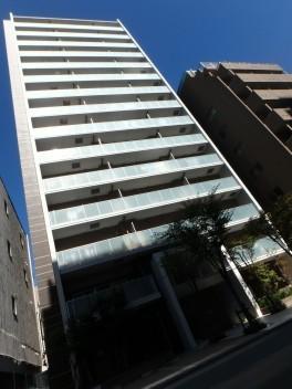 ローレルコート泉中古マンション